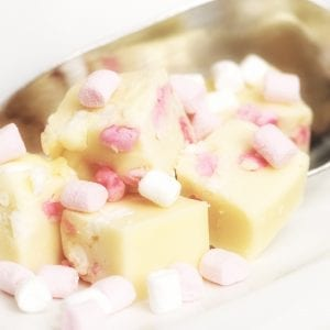 Vanilla Mallow Fudge - Granny Shaws Fudge